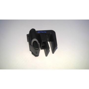 Крепление радиатора, W 210