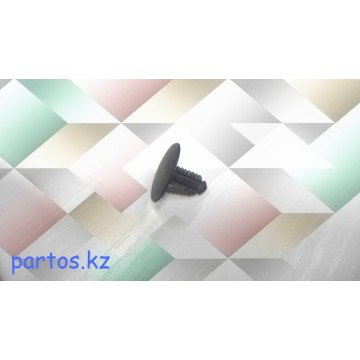 Clip Luggage compartment trim, Camry 92-96