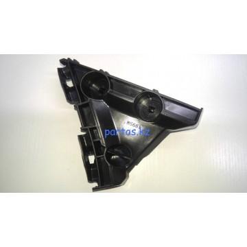 Bracket, rear bumper (LH), Camry 40
