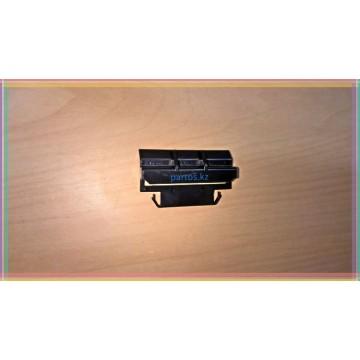 Mounting bracket bumper, Highlander 2000-2007