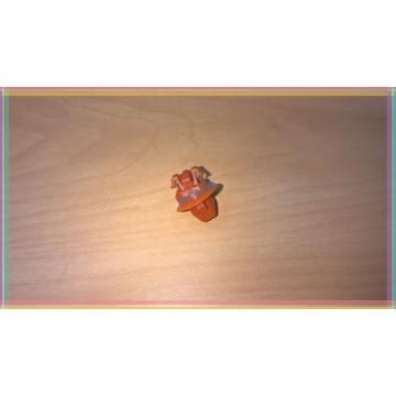 Clip front fender, Tundra 99-2004