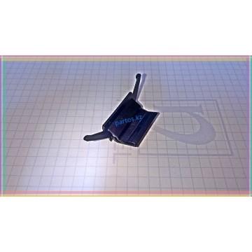 Крепление верхнего молдинга лобового стекла, Altima (L31) 2001-2006