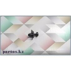Клипса решетки под лобовым стеклом, Patrol (Y61) 97-2010