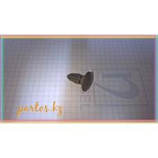 Клипса обшивки двери багажника, PATROL(GR) 97-2010