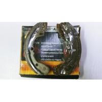 Тормозные колодки (RR), Mazda 323 80-89