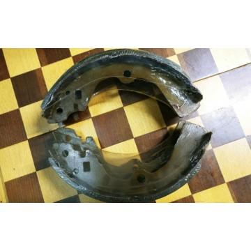 Колодки тормозные (RR), Rnessa 97-2001